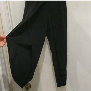 Joe B Split Leg Capri Pants ! Black - Small !